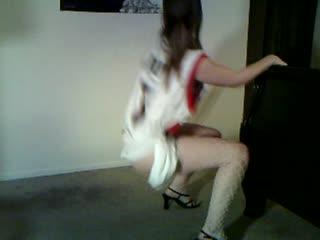 slut wife dancing
