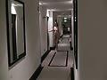 nackt auf dem Hotelflur - naked in hotel floor
